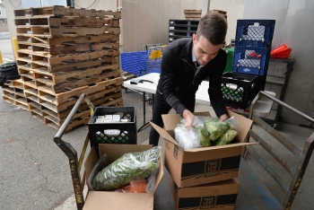 Holiday food rescue mission