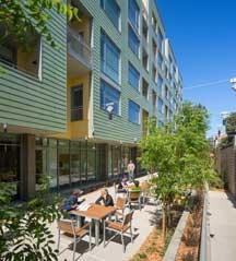 Merritt Crossing, a Bay-Friendly Rated Landscape in Oakland